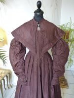 22 antique romantic period gown 1837