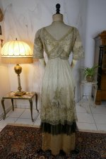 26 antique evening dress 1912