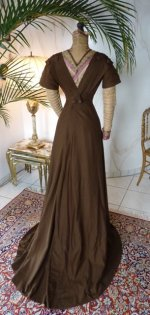 26 antique dress