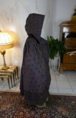 13 antique hooded cape 1790