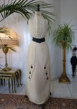 40 antique-gown