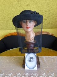 antique mourning Hat 1905