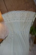 18 antique corset 1899