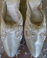 antique shoes, antique slippers, shoes 1905, antique boudoir slipper, antique dress, antique gown, antique morning gown