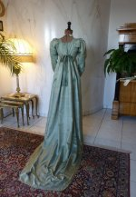 28 antique silk dress 1800