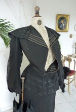 1 antique walking gown 1901