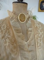 8a antique wedding gown