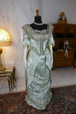 3 antique evening gown 1889