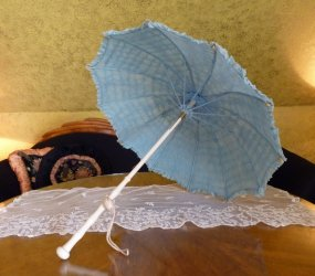 antique parasol 1925