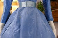 23 antique ball gown 1864