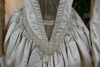 5 antique wedding dress 1845
