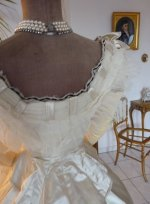 30b antique gown 1865