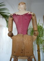 18 antique mannequin 1800