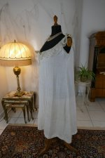 7 antique negligee 1904