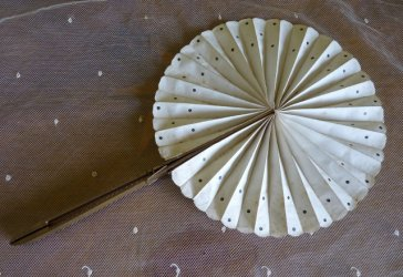 antique cockade fan 1908