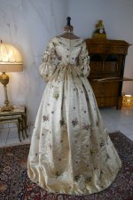 30 antique court dress 1838