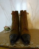 6 antique lace up boots