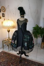 2 antique robe de style 1924