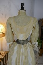 26 antique dress 1901