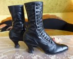 9 antique button boots