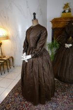42 antique afternoon dress 1840