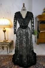 16 antique evening dress 1903