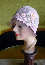 6 antique cloche 1920