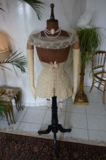 1 antique corset 1900