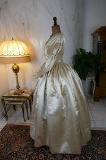 13 antique wedding dress 1845