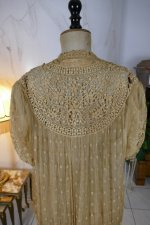 26 antique Drecoll Negligee 1912