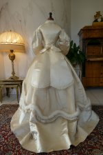 29 antique wedding dress 1876