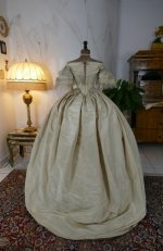 23 antique ball gown 1859