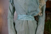 5 antique day dress 1898