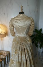 22 antique court dress 188