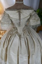25 antique ball gown 1859