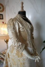 35 antique court dress 188