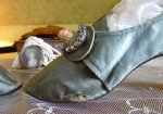 16 antique shoes 1780
