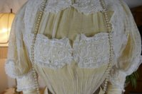 4 antique tea gown 1903