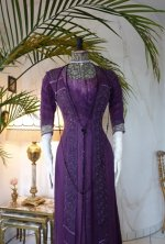 7a antique dress