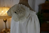 13 antique camisole 1860