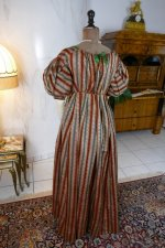 21 antique romantic Period dress 1825