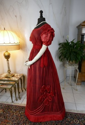 antique gauze dress 1828