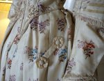 37 antique romantic period dress 1839