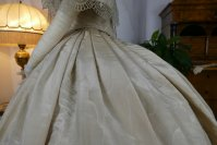18 antique ball gown 1859