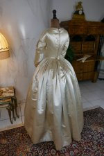 24 antique wedding dress 1845