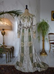 antique recpetion gown 1904