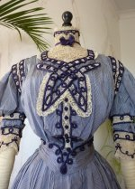 5 antique dress 1901
