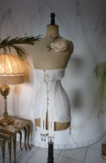3 antique corset 1910