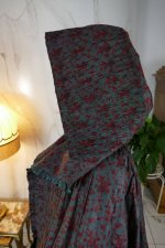 27 antique hooded cape 1790