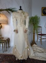 17 antique wedding Gown 1895
